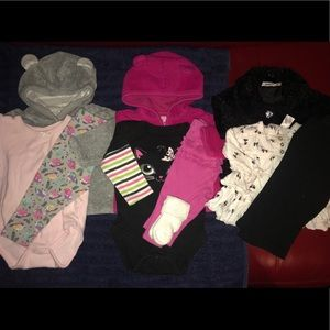 Lot 3 outfits baby girl sweaters pants 3-6 mo